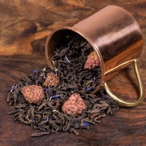 Super Berry loose tea in cup