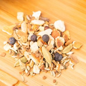 Chemical X loose-leaf, wellness tea blend: Orange peel, cinnamon pieces, fennel, liquorice root, cardamom, ginger pieces, juniper berries, angelica roots, dandelion roots, clovers, peppercorn