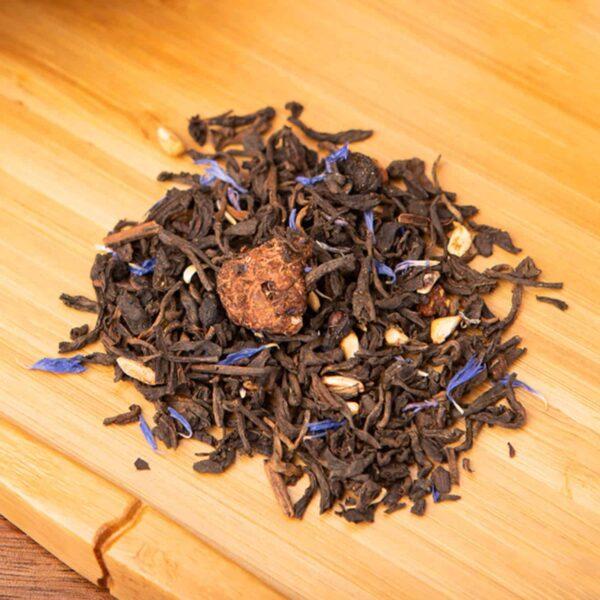 Superberry loose-leaf tea blend: Pu-erh tea, blueberries, pomegranate, freeze-dried raspberries, strawberries, blue cornflower blossom