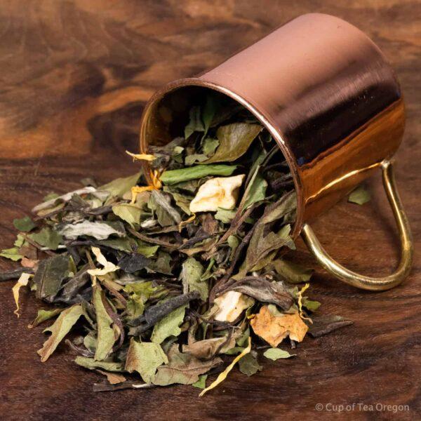 Mango Apple loose tea in cup