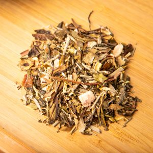 Oregon Summer loose-leaf tea blend: White tea, green tea, pineapple, lemongrass, raspberry leaves, Morello cherry, sunflower petals, lemon myrtle, rhubarb, strawberry, pear