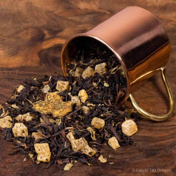 moonstruck mint loose tea in cup